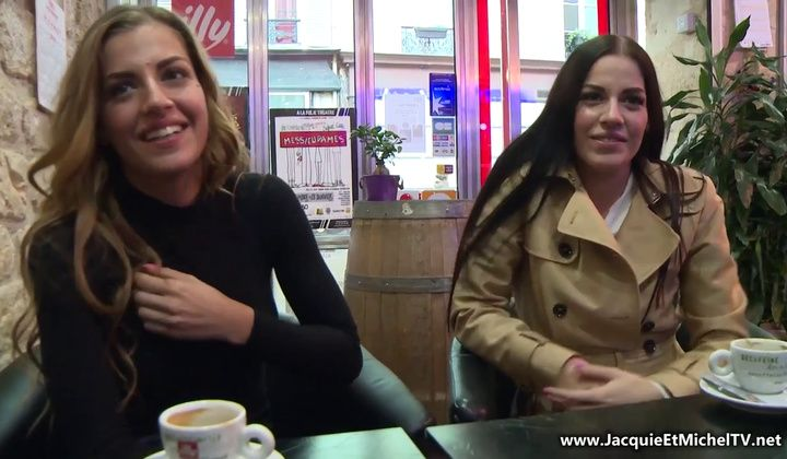 Twin Sisters Eveline & Silvia Dellai Share A Dick