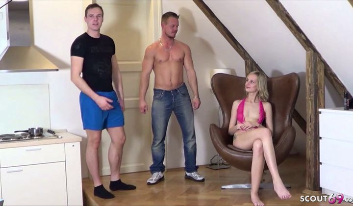 Cumshot - Extrem Skinny Anorexic Teenager Get First Time Audition Bang