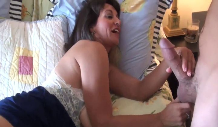 Hairy Milf With Great Pussy Lips Enjoys Cock And Creampie